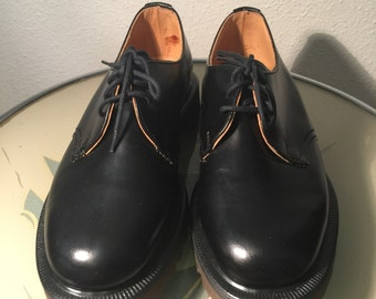 Doc Martin new old stock black sz3 made in England 1980's