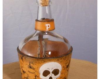 Small bottle pattern skull