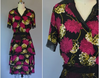 1940's Rayon Floral Two Piece Skirt & Blouse Set - Size X Small