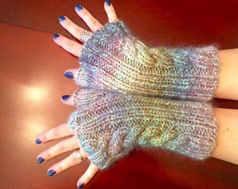 Ice Castles cable fingerless mitts