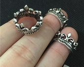 20 Crown Charms Antique Silver Tone 3D with Outstanding Detail (YT7908)