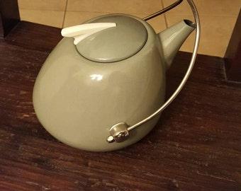 Retro Green Teapot
