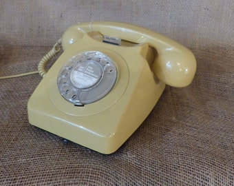 1960s Vintage 746 Telephone (Golden Yellow)/Retro Telephone/Super Old Phone/1960s Vintage Telephone