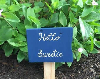 Father's Day  - Hello sweetie - garden sign - gift for her -  - painted wood sign - doctor who - rustic pallet sign - tardis blue - clearanc