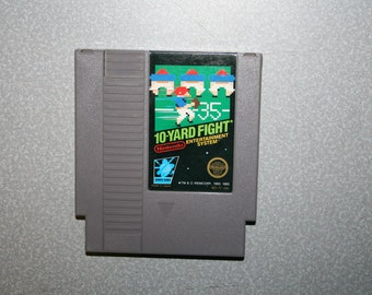 10 Yard Fight NES Game Nintendo Vintage Video Game