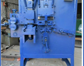 Steel strapping seal machine