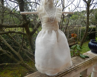 mannequin for jewels dressed in princess shabbychic