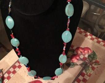 Chunky stone neckless