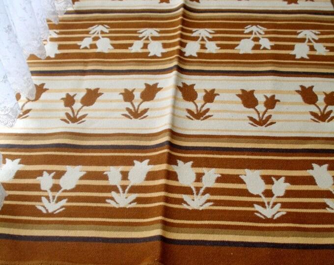 Kilim rug, large kilim rug, tulip pattern floor kilim rug, tribal kilim, living room kilim rug, boho rug