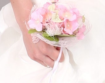 Customizable artificial flower bridesmaid bouquet