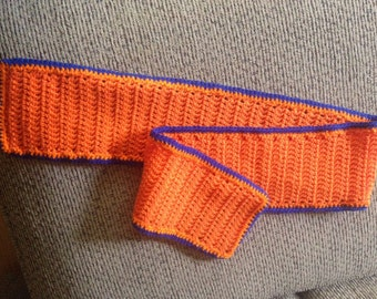 Bronco style scarf
