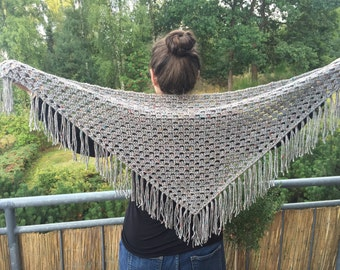 Gehäket shawl with fringes, approx. 120 cm wide, gray-flecked Tweed look, sporty or classic style to wear, very soft