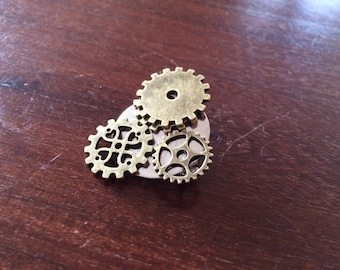 Steampunk Gear Brooch Pin