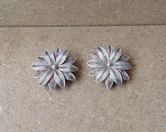 Sterling Silver Detailed Danish Flower Pendant/Brooches
