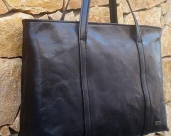 Mari. L.Z. Classic Bag