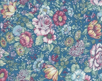 Country Florals,country Blue background 100% cotton
