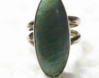Vintage Sterling Silver and Turquoise Ring - size 6