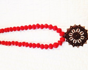 Red Single Strand Pendant Necklace