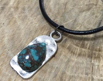 tibetan turquoise pendant necklace.