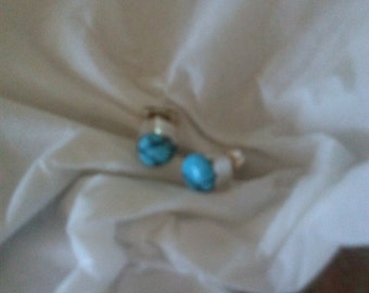 Turquoise small stud earrings!!