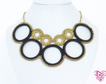 Crochet hoop flat necklace - black, champagne and golden