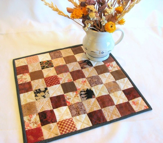 Table topper runner mug rug quilt centerpiece candle
