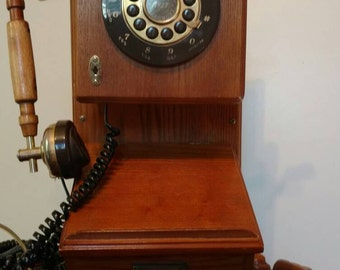 Reproduction antique wall mount telephone
