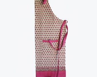 Indian Flower pink apron with adjustable ties and pockets