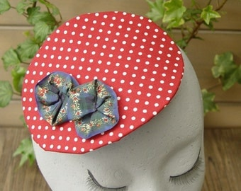 Bibi red and Navy blue flowers
