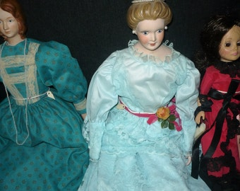 Dolls, set of 3, plus 2 kits, Romeo and Juliet not assembled. Handmade doll clothes