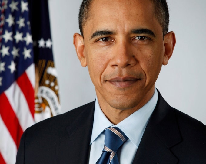 President Barack Obama Official Portrait - 5X7, 8X10 or 11X14 Photo (AA-016)