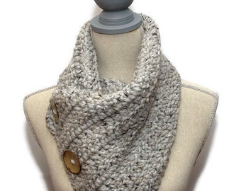 CHUNKY SUPER SCARF, Handmade Big Button Scarf - Wool Blend