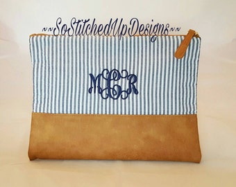Seersucker Cosmetic Bag, Monogrammed Cosmetic bag, Personalized Pouch, Make Up Bag, Travel Bag, Gifts for Women, Graduation gifts