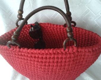 Basket bassinet unit of light trapillo (fettuccia), handmade (crochet)