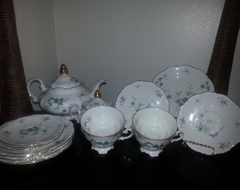 "Vintage Mitterteich Bavaria Green Ming Gold Trim 16 Piece China Set ""Germany"""