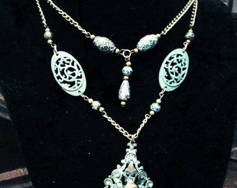 Enchanted~ Romantic Victorian Steampunk Vintage Style Necklace And Earrings Set