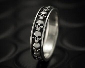 Skull silver band, Skull biker ring, Biker wedding band, Skull wedding ring, Skull ring women, Biker ring, Man skull ring, Sterling Silver