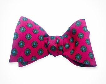 Fuscia Bow tie, Mens Bow tie