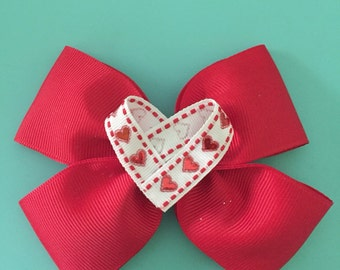 Red heart bow