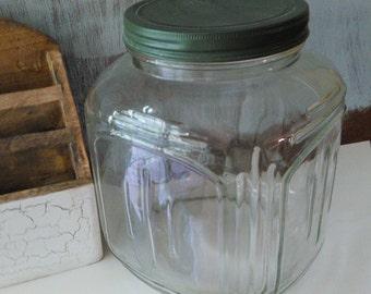 Vintage Glass Jar , Vintage kitchen decor, Cookies Jar ,