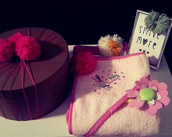 Little Sonia box Anniversary/towel/hadband/picture with yarns/pink/bathroom set