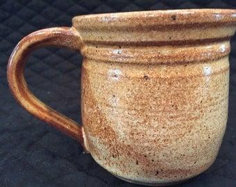 Stoneware pottery 12 ounce mug