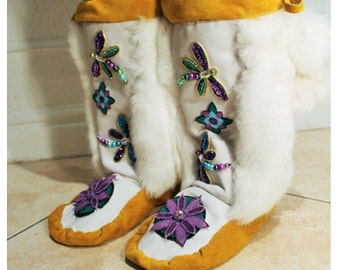 Artwork Native American Mukluks