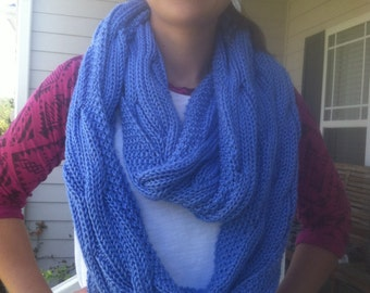 Reversible knitted infinity scarf
