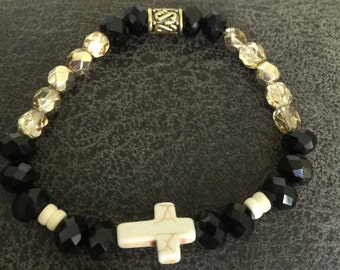 Black beaded bracelet with champagne and cream accents
