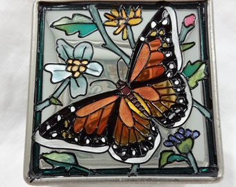 Monarch butterfly mirror box