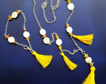 Necklace and bracelet yellow ochre