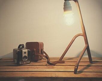 """tripode"" industrial lamp"