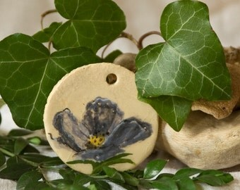 Trailer/stoneware / blue poppy / romantic / piece at PotteryFeels