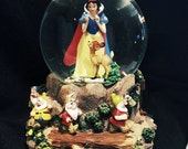 FALL SALE! Disney Snow White and the Seven Dwarfs Musical Snow Globe